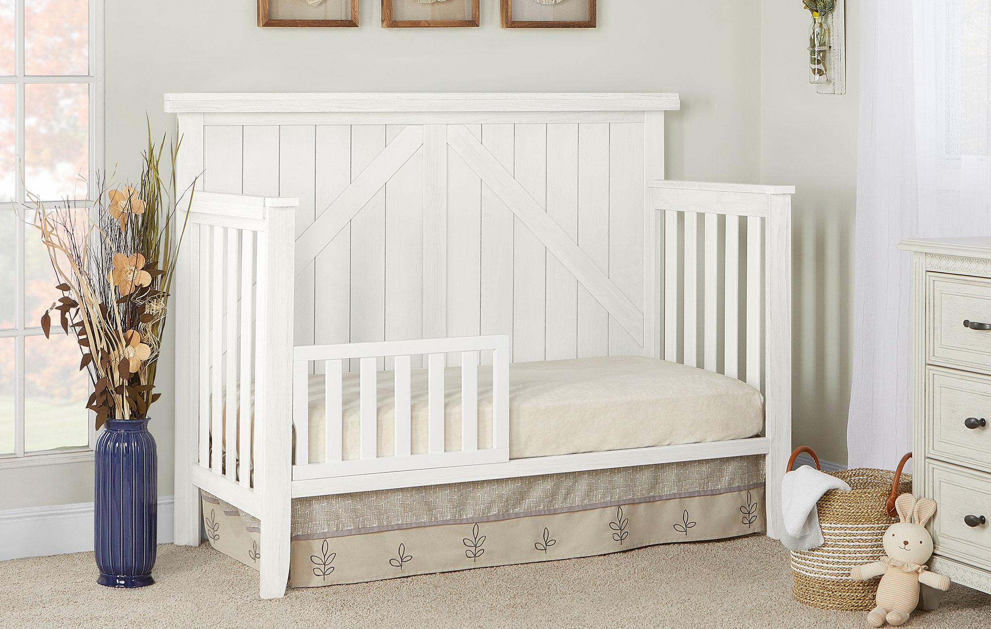 771-WWHITE Rosewood Toddler Bed Room Shot