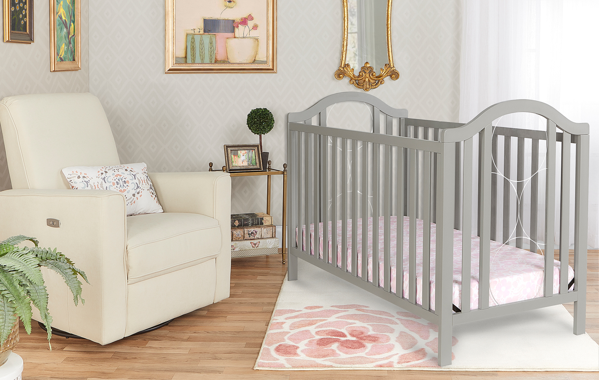 762-CG Pacific Convertible Crib Room Shot