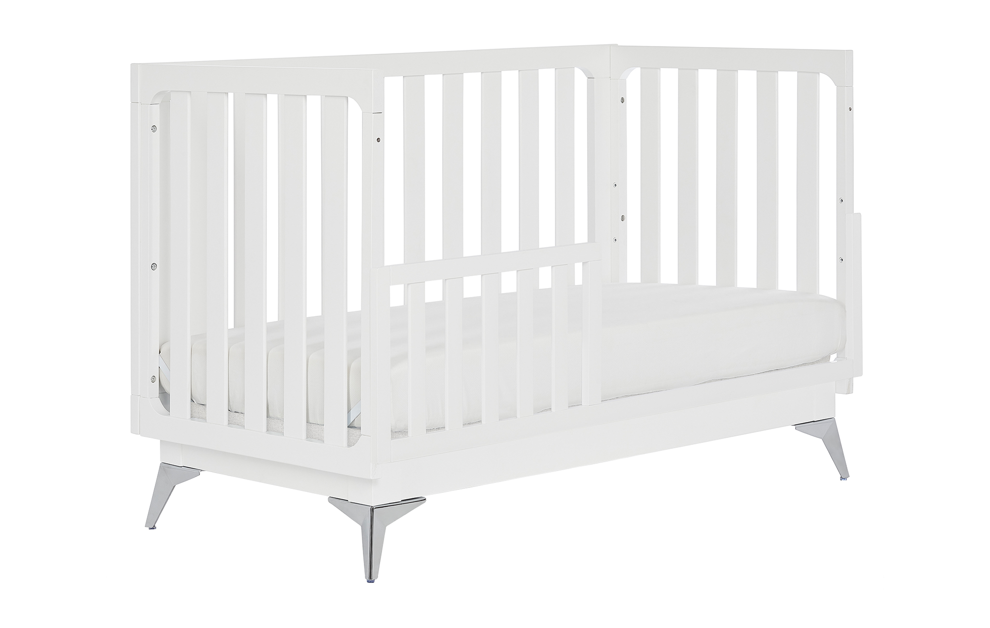 770-W Ultra Modern Toddler Bed