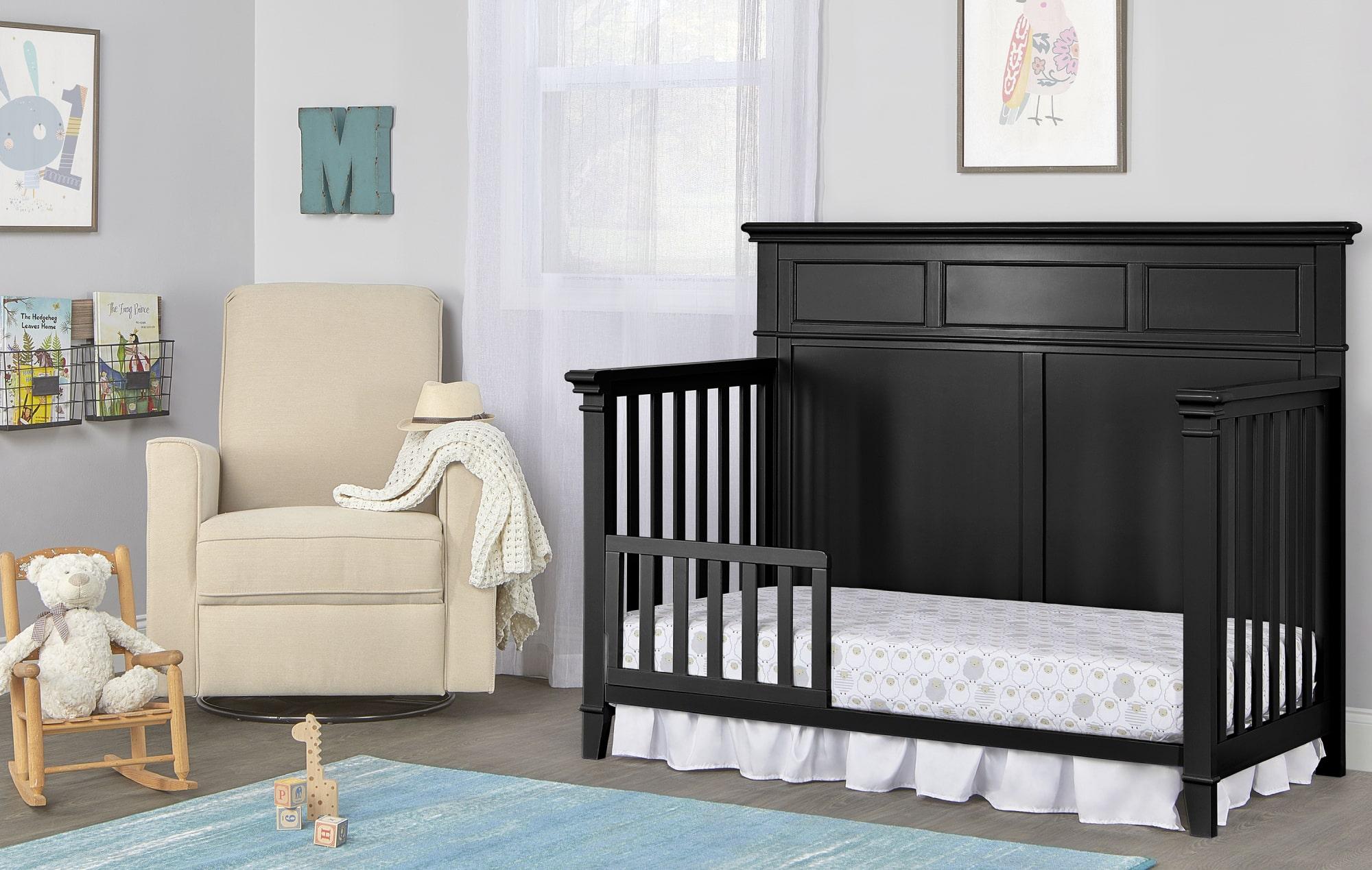 776-BLK Dover Toddler Bed Room Shot