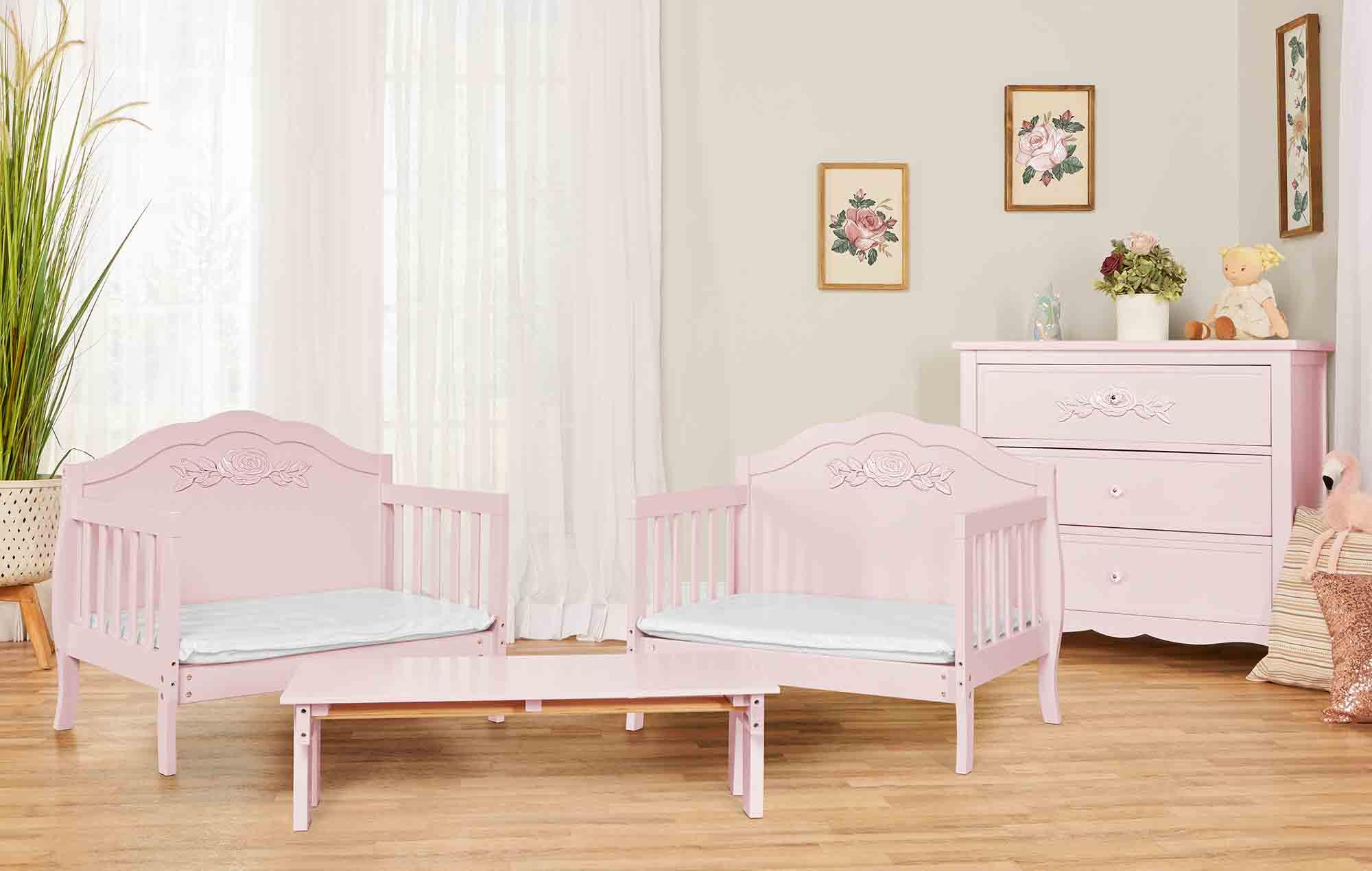 640_BLUSH Rose Toddler Bed RmScene 01