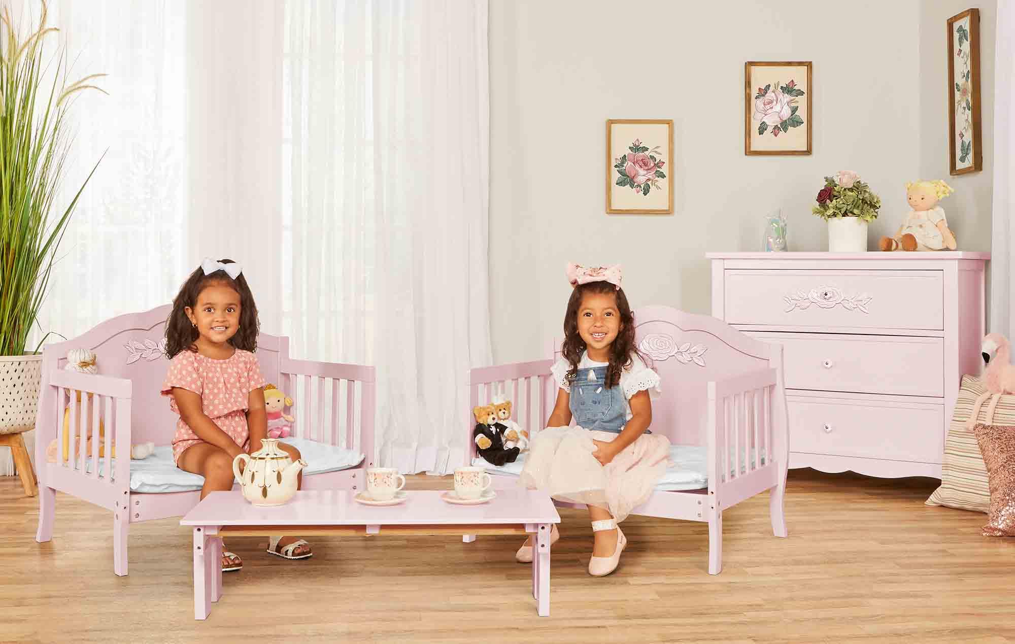640_BLUSH Rose Toddler Bed RmScene 02