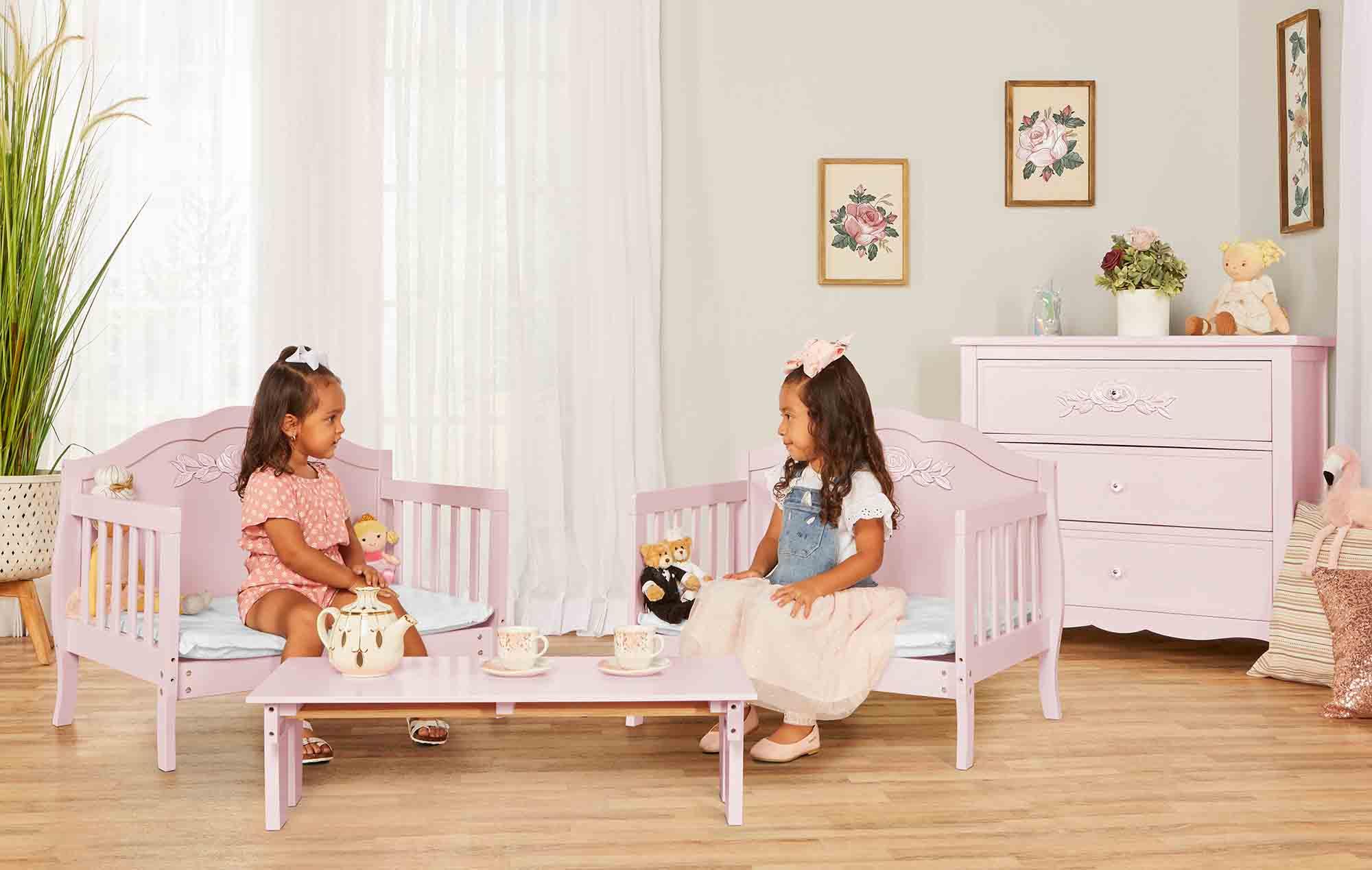 640_BLUSH Rose Toddler Bed RmScene 03