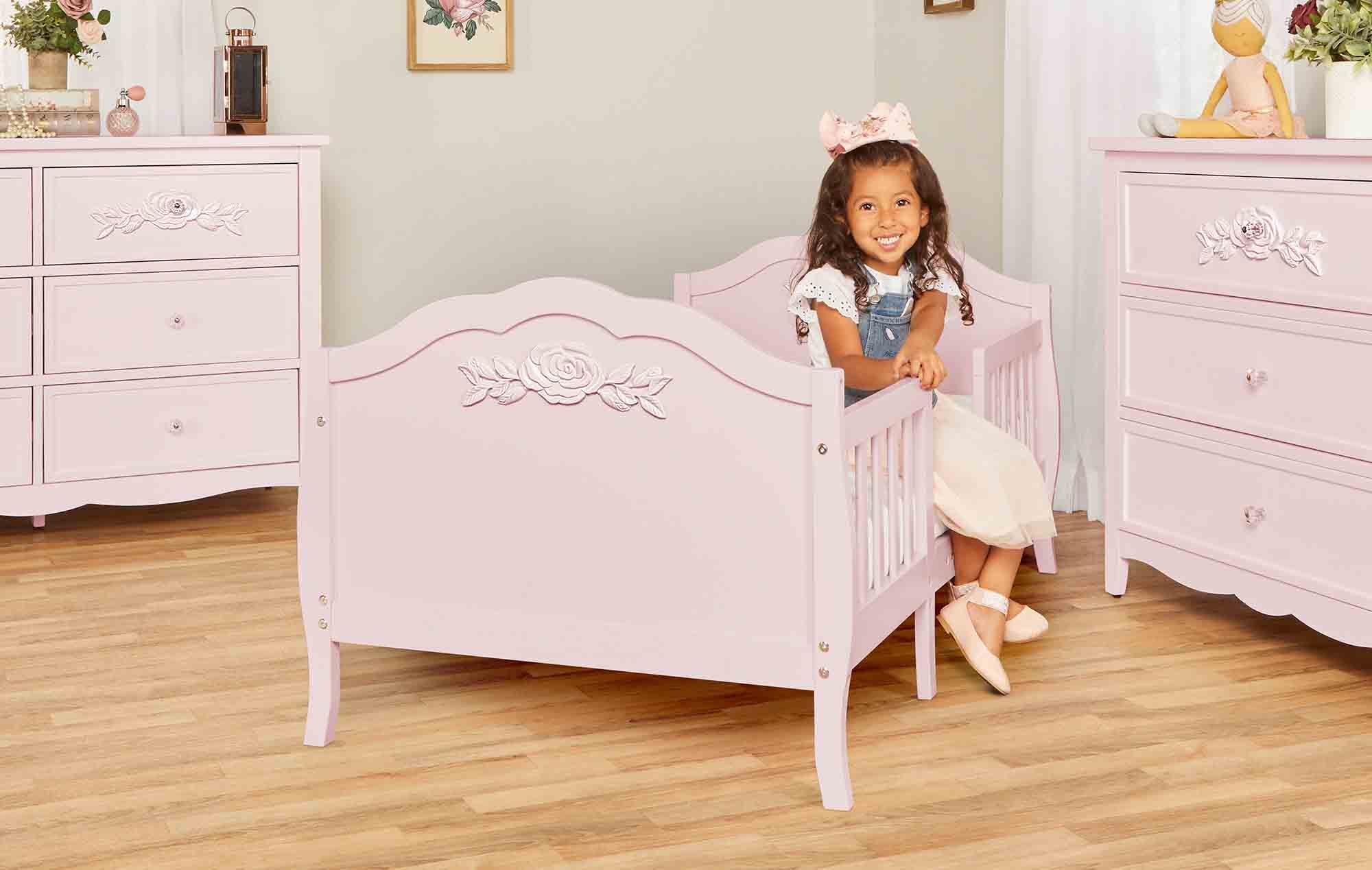 640_BLUSH Rose Toddler Bed RmScene 05