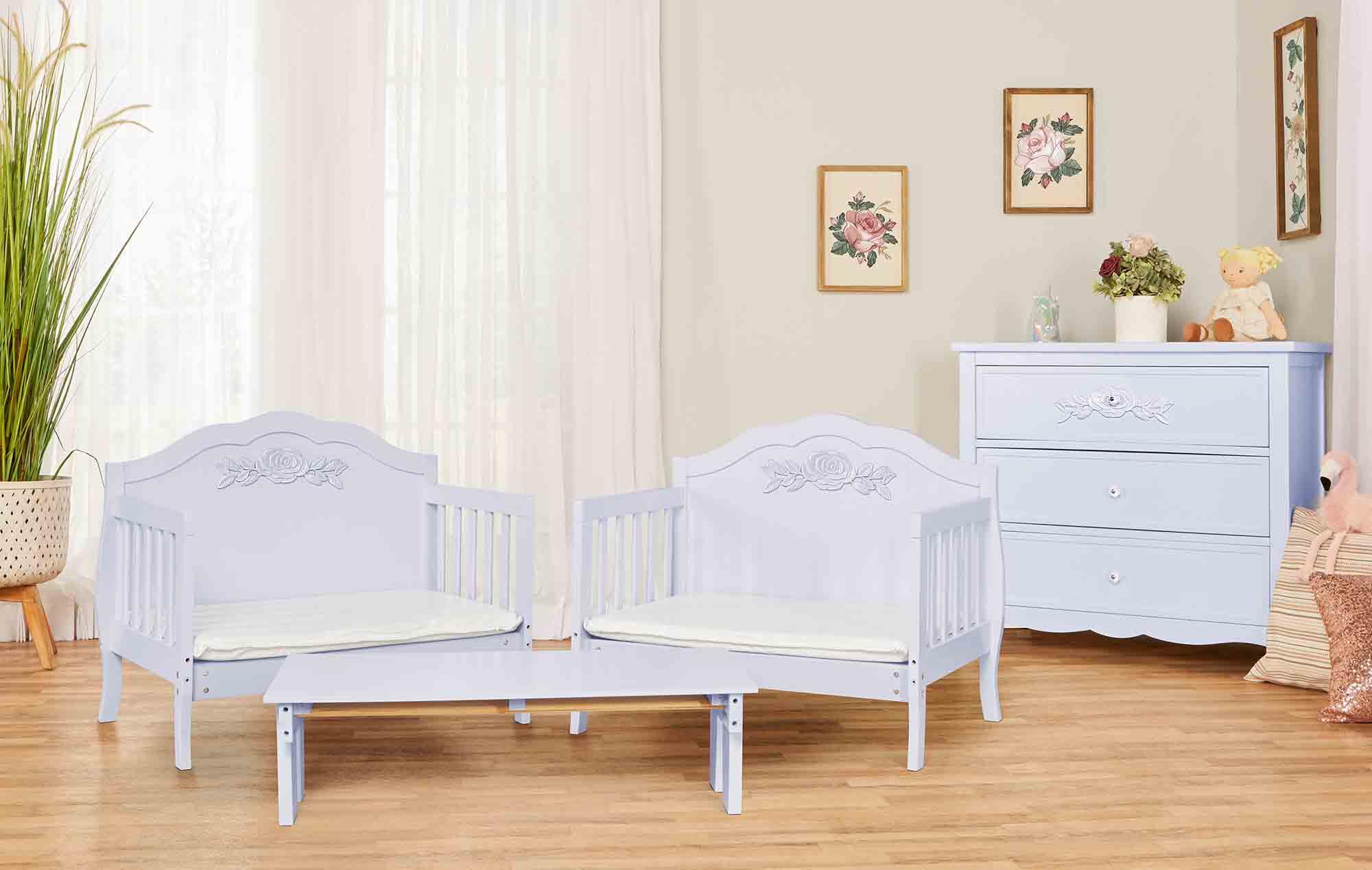 640_LAVD Rose Toddler Bed RmScene 01