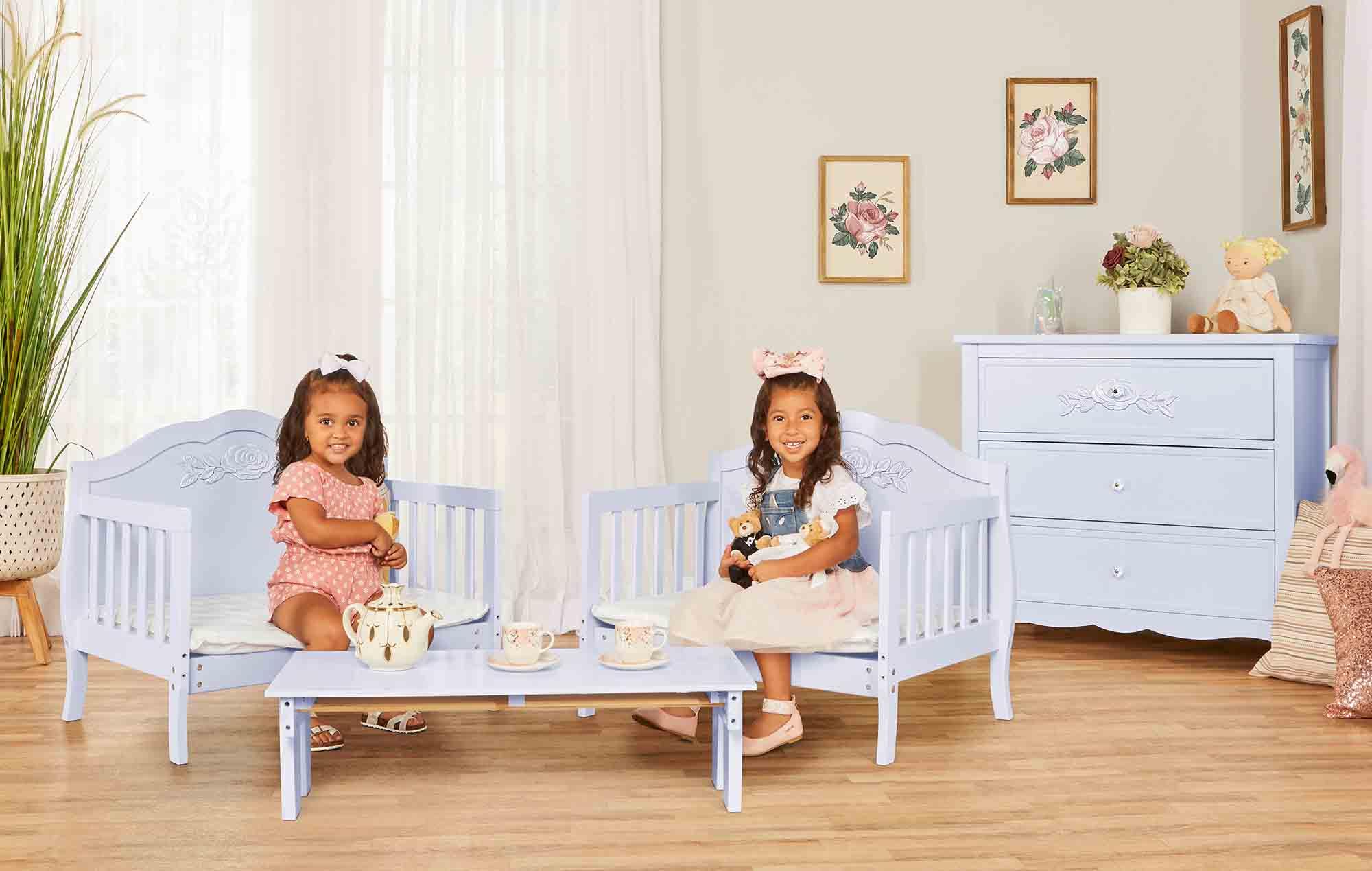 640_LAVD Rose Toddler Bed RmScene 02